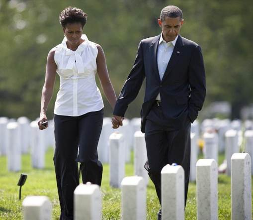 091211 DRUDGE Obamas at Arlington